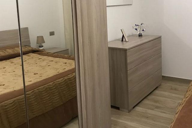 home staging camera da letto